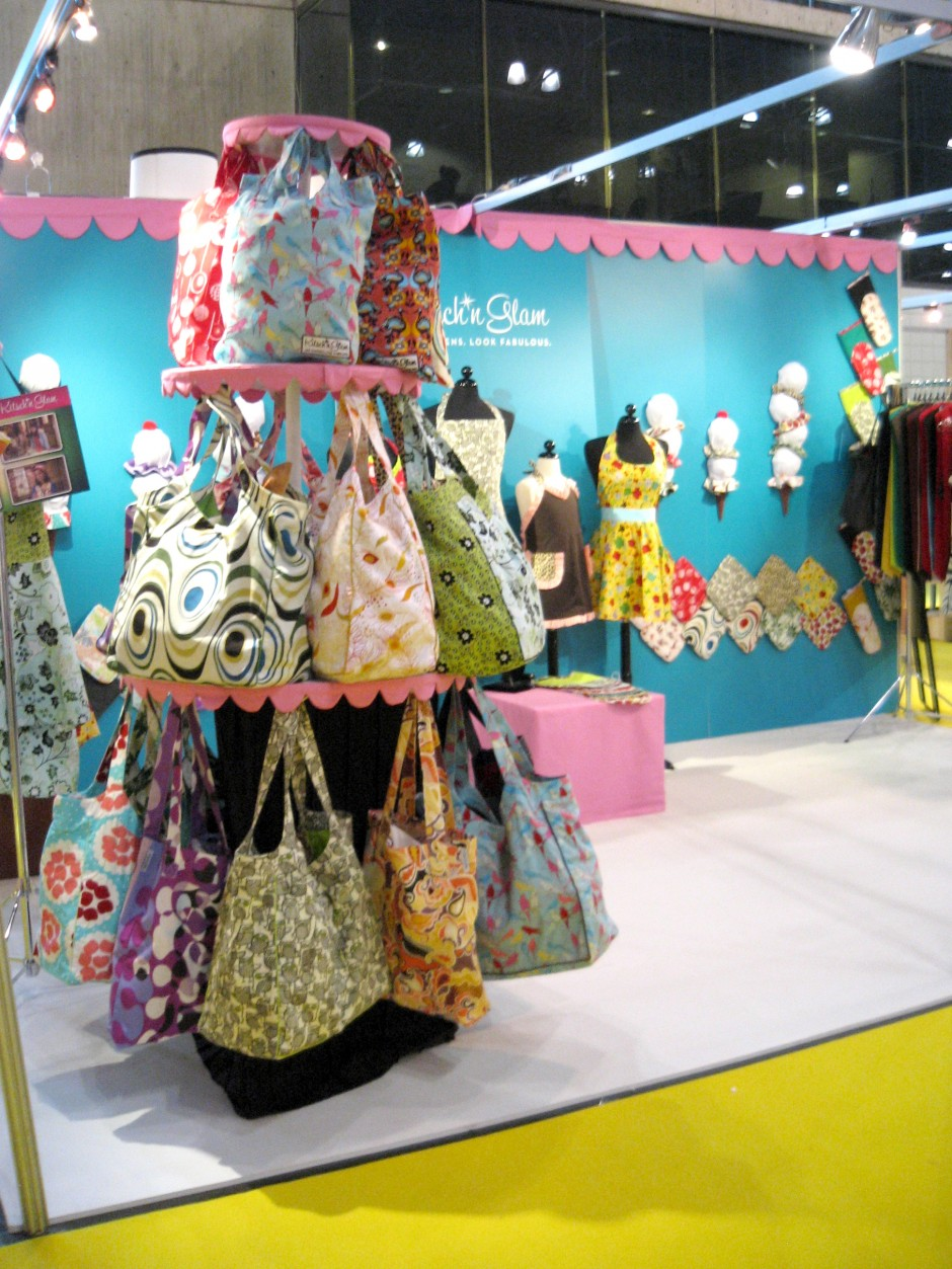 Kitsch'n Glam Booth 2009-10